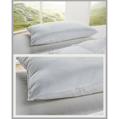 STELLA Pillow